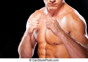 álló, közelkép, fight., shirtless, fiatal, ellen, látszó, időz, fényképezőgép, black háttér, hajlandó, súlyos, ember