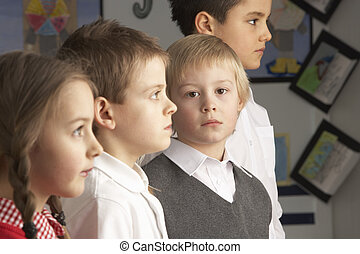 álló, osztályterem, csoport, elemi, iskolások, portré