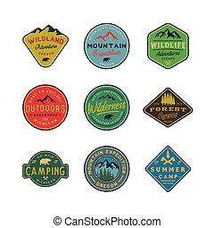 állhatatos, logos., vadon, húzott, szüret, ábra, kéz, külső, vektor, retro, címzett, emblems., kaland