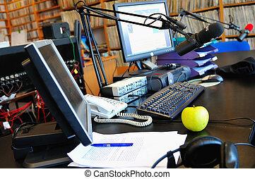 állomás, rádió microphone