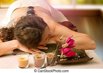 ásványvízforrás, megkövez, salon., dayspa, massage.