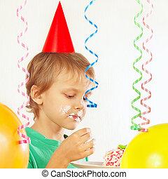 étkezési, ünnepies, fiatal, születésnap, gyermek, torta munkadarab, kalap