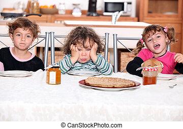 étkezési, három, gyászfátylak, gyerekek