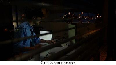 íróasztal, hím, dolgozó, végrehajtó, 4k, számítógép