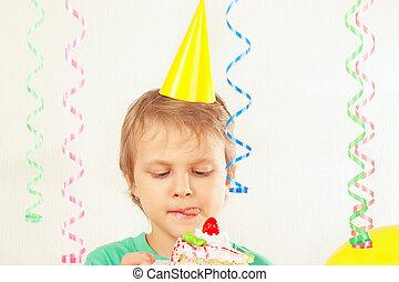 ízlelés, ünnepies, fiatal, születésnap, gyermek, torta munkadarab, kalap