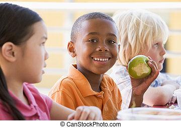 óvoda, ebédel, étkezési, gyerekek