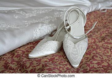 öltözködik cipő, esküvő