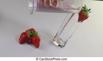 öntés, eper smoothie, ital, kéz, pohár, gyümölcs, női, friss fej