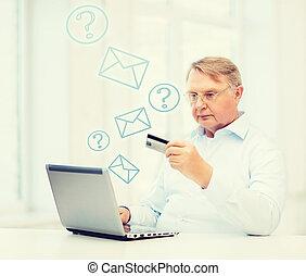 öreg, laptop, hitel, otthon, kártya, ember
