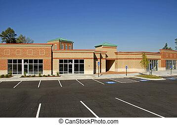 új, kereskedelmi épület