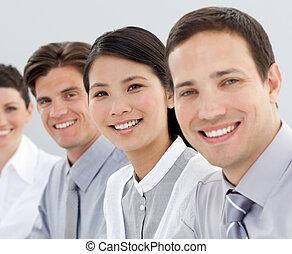 ügy, csoport, mosolygós, fényképezőgép, multi-ethnic