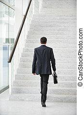üzletember, haladó, emeleten