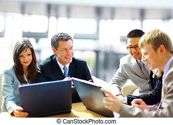-, colleagues, munka, gyűlés, menedzser, fejteget ügy, övé