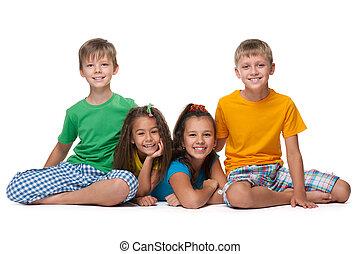4 gyermekek, boldog