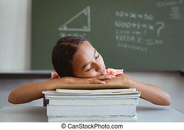 alvás, diáklány, kevert, előjegyez, kazal, fáradt, faj, ülés, osztályterem, íróasztal