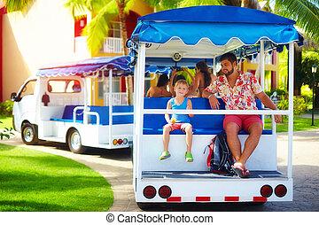 area., szállítás, természetjáró, család, hotel, szünidő, időz, szolgáltatás, át, jármű, lovaglás, élvez, boldog