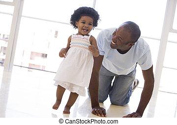 atya, mosolygós, bent, lány, játék