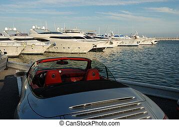 autó, jacht, fényűzés