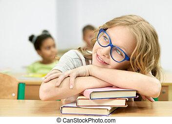 away., előjegyez, íróasztal, látszó, vonzalom, diáklány