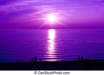 bíbor naplemente