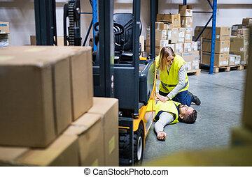 baleset, raktárépület, warehouse., után, munkás