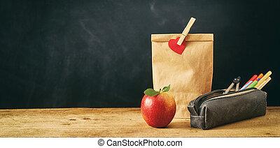 barna, megír, alma, ebédel, táska