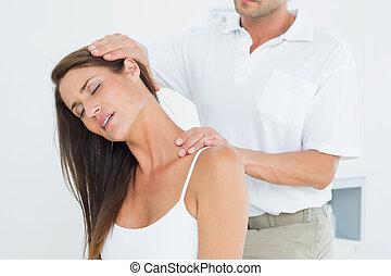 beállít, hím, hátgerincmasszázzsal gyógyító, nyak