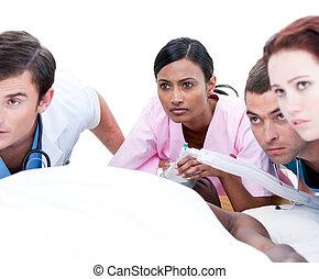 befog, orvosi, multi-ethnic, türelmes, resuscitating, önző