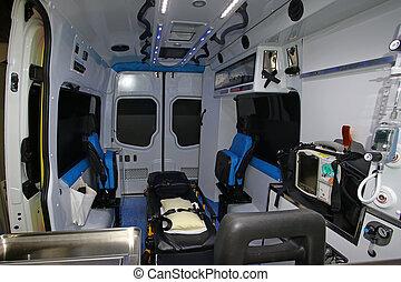 belső, modern, mentőautó