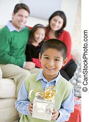 birtok, ajándék, lánytestvér, fiatal, háttér, fiú, karácsony, álló, övé, szülők