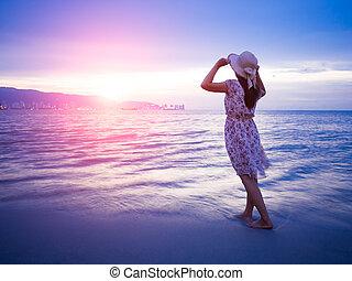 bizalom, nő, tengerpart, fegyver, alatt, erős, nyílik, napkelte