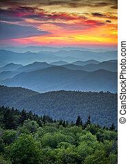 blue hegy, nagy, hegygerinc, réteg, színpadi, nemzeti park, napnyugta, barázdálni, appalachian, füstös, parkosított széles főközlekedési út, felett, táj