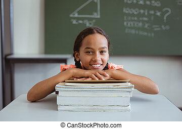 boldog, diáklány, kevert, előjegyez, kazal, vonzalom, faj, ülés, osztályterem, íróasztal
