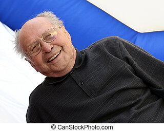 boldog, ember, idősebb ember