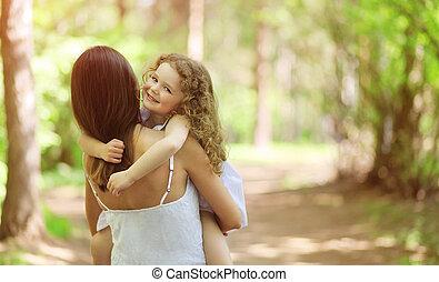 boldog, gyalogló, gyermek, szabadban, anya
