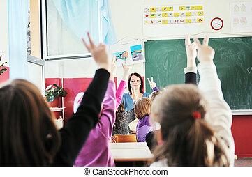 boldog, tanár, osztályterem, gyerekek, izbogis