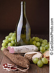 bor, sajt, kolbász