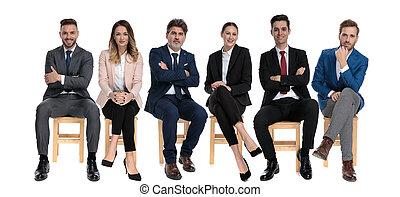 businessmen, előmozdít, mosolygós, időz, 6, látszó, ülés, turstworthy
