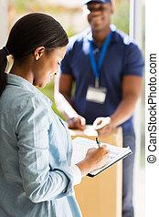 cégtábla, nő, afrikai, állás, felfogó, dokumentum