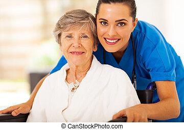 caregiver, tolószék, nő, idősebb ember