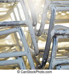 chairs., kazalba rakott