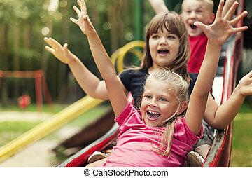 csúszás, gyerekek, játék, boldog