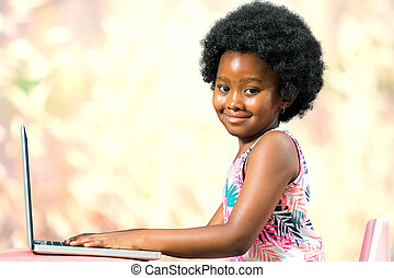 csinos, laptop., amerikai, gépelés, afrikai származású, kölyök