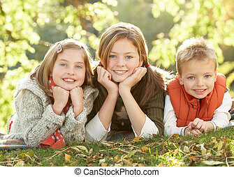 csoport, ősz, 3, szabadban, realxing, gyerekek, táj