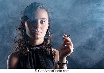 dohányzó, nő, cigaretta