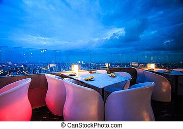 ebédlőasztal