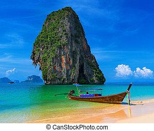 egzotikus, kék, tengerpart., ég, tropikus, homok, hagyományos, thaiföld, csónakázik