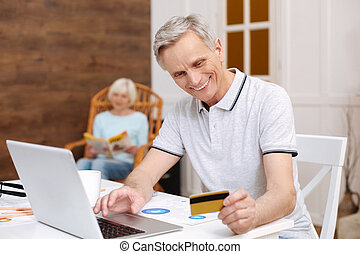 el van ragadtatva, online, idősebb ember, felfogó, fizetés, ember