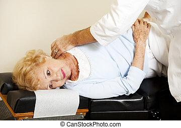 elintézés, őt ért, gerinc kezelése, türelmes