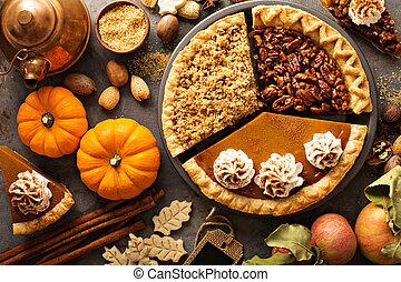 elmorzsol, sütőtök, alma, amerikai hikkorimogyoró, hagyományos, bukás, pite